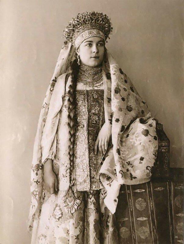 0 17a7f1 c70f0b58 XL - Девушки в древних славянских костюмах на старинных фотографиях