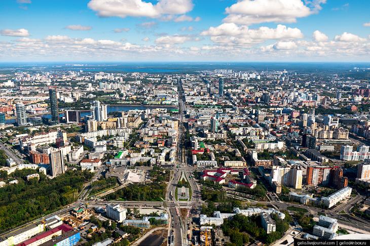 Фотографии и текст Славы Степанова   1. Население Екатеринбурга сегодня около 1,5 миллиона чело
