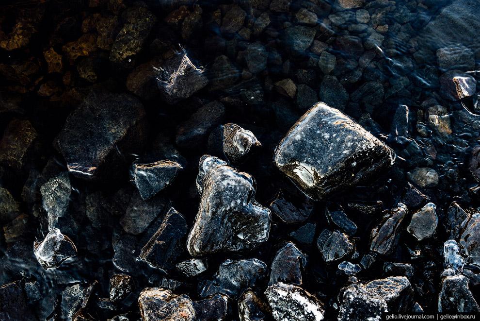 41. 600-метровая каменно-набросная плотина сверху «одета» экраном из суглинистых грунтов