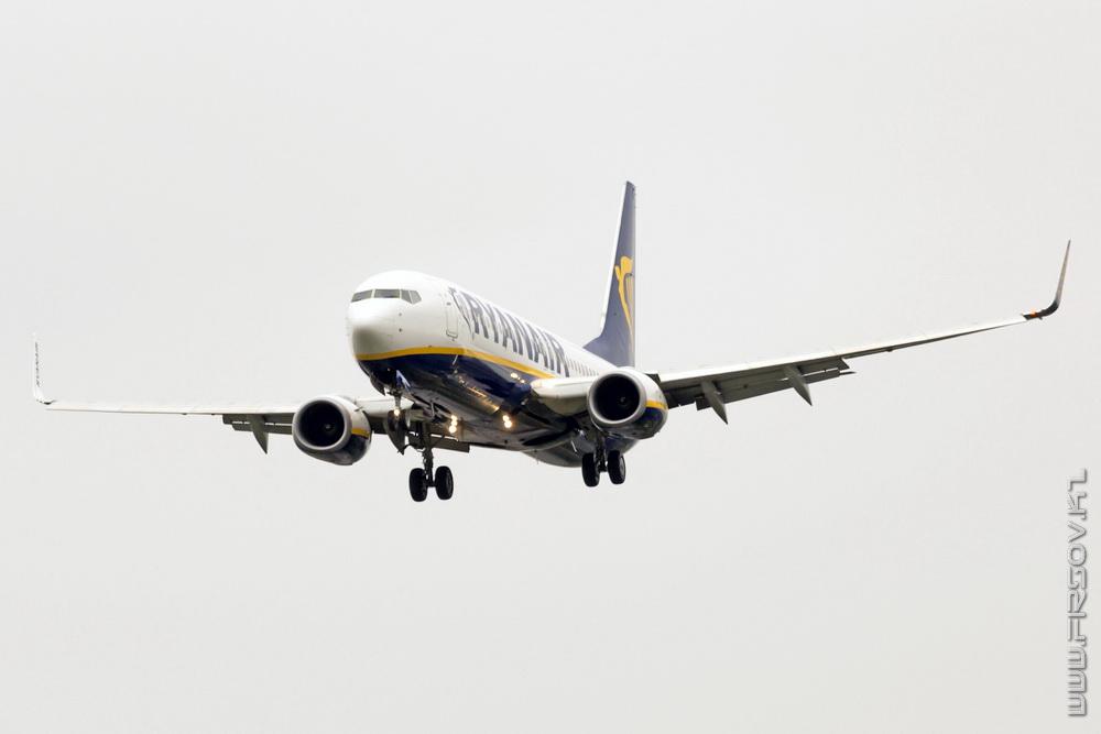 B-737_EI-EVE_Ryanair_1_TLS_resize.jpg