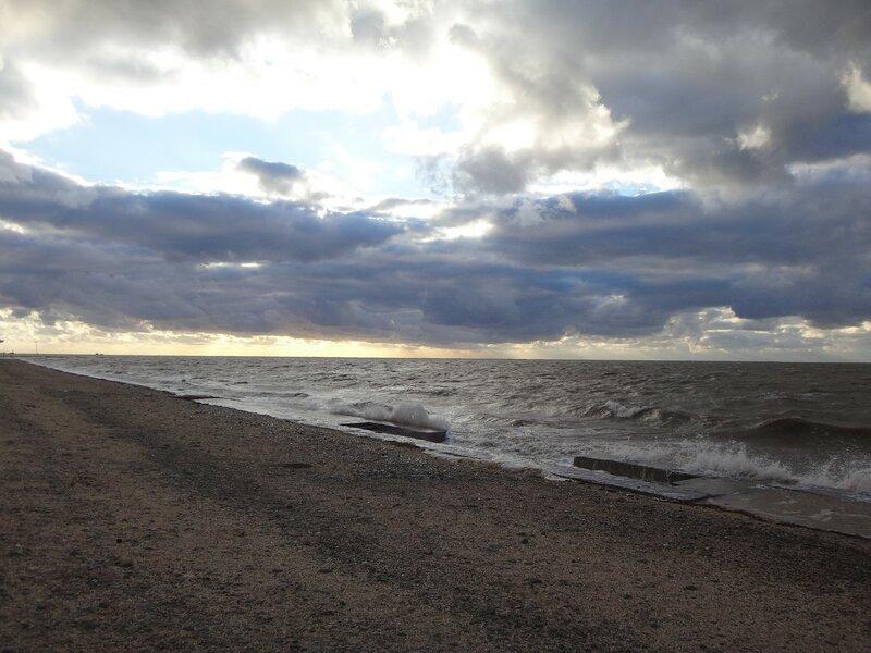 У моря ... На финише октября, в городе у моря Азовского. (58).JPG