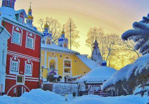 Зимой в Псково-Печерском монастыре
