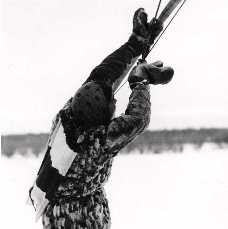 Лук все еще использовался  вместе с огнестрельным оружием для охоты за белками и кряквами