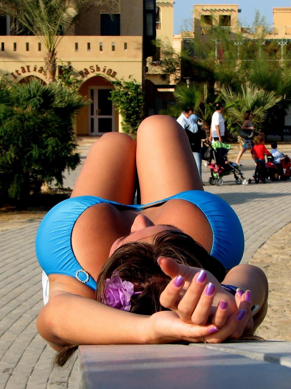 Любительские фото девушек в бикини