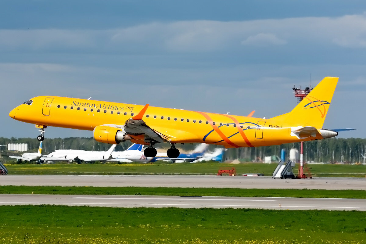 Embraer 190-200IGW. Saratov Airlines. VQ-BRY.