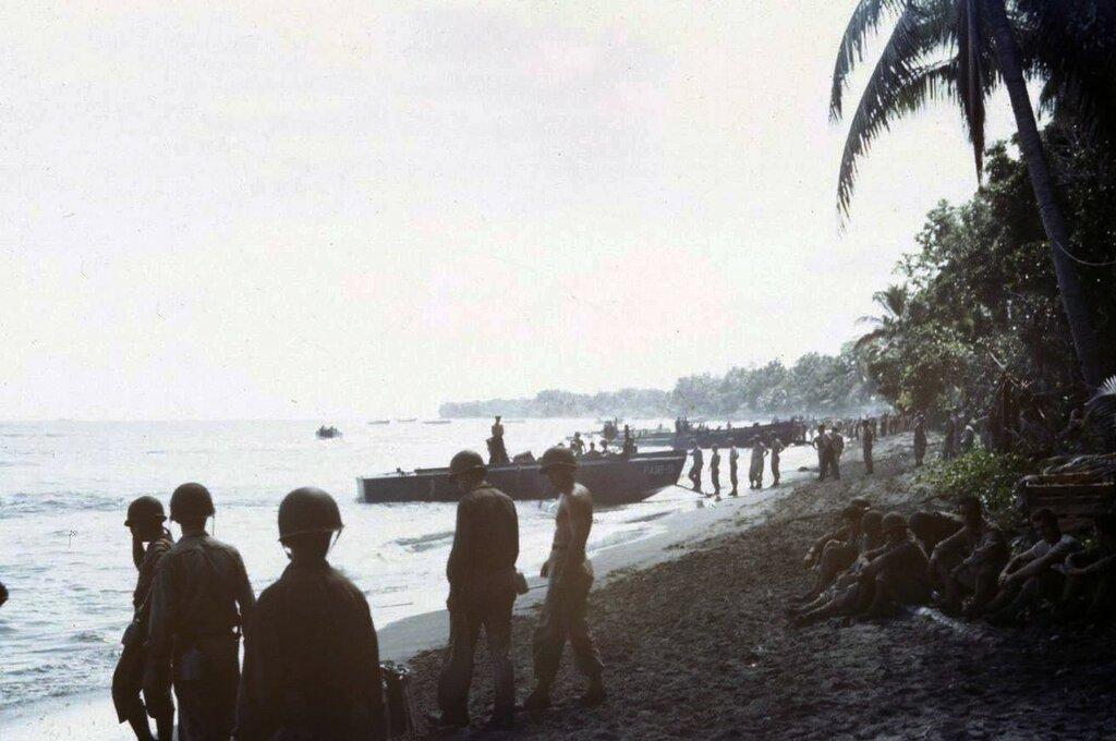 Guadalcanal - 1943 - Frank Scherschel - LIFE