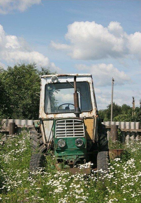 0 17daad e2f6957e XL - Менуэт Советскому трактору