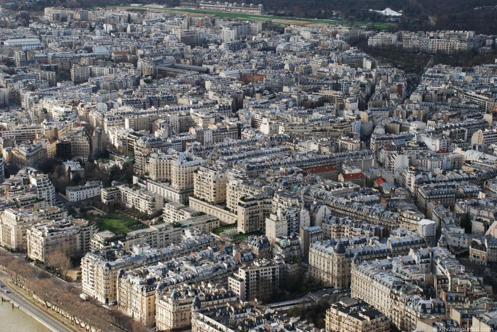 39. Престижный 16-й округ Парижа раскинулся на северо-западе. Строго говоря, это район посольств — б