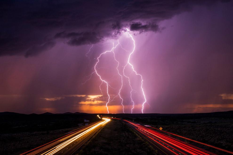 9. Суперъячейка — разновидность грозового облака, характеризующаяся наличием вращающегося восходящег