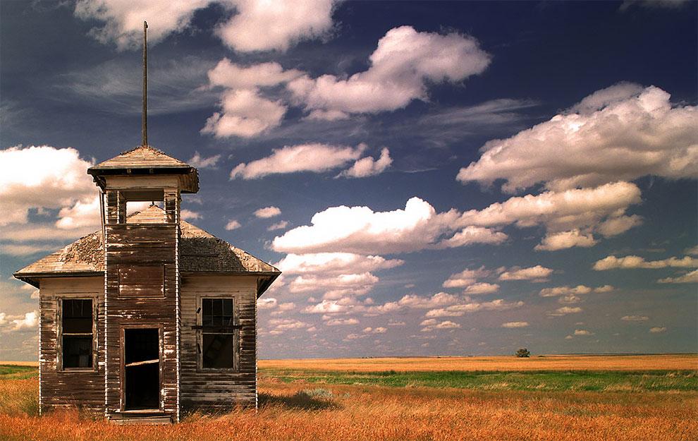 «Заброшенная школа», Роберт Кассвей (Robert Cassway). Монтана, США.