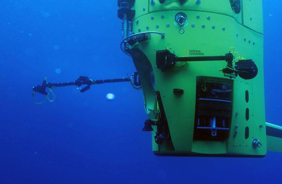 На глубине 11 километров: