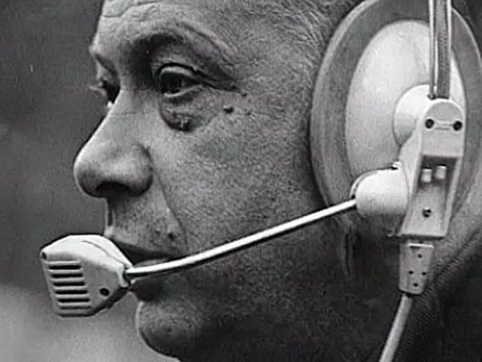 После ухода с поста председателя Гостелерадио СССР Сергея Лапина для Николая Озерова настали тяжелые