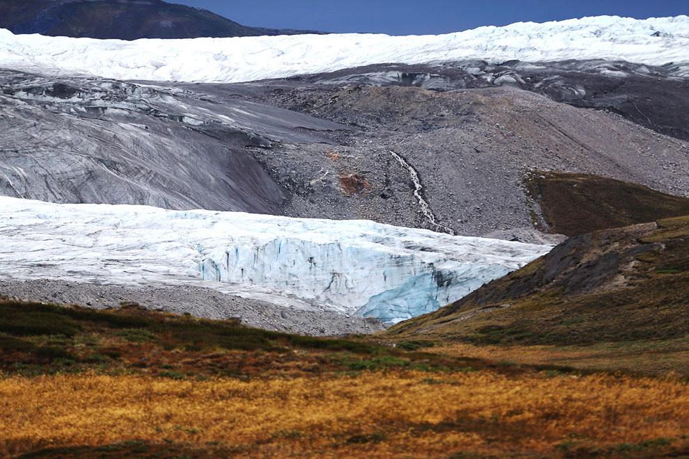 Ледник около Кангерлуссуака, 10 июля 2013. Летом температура на острове Гренландия бывает чуть выше