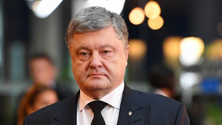 Порошенко: Украинцы неменее тысячи лет по-особенному отмечают Рождество