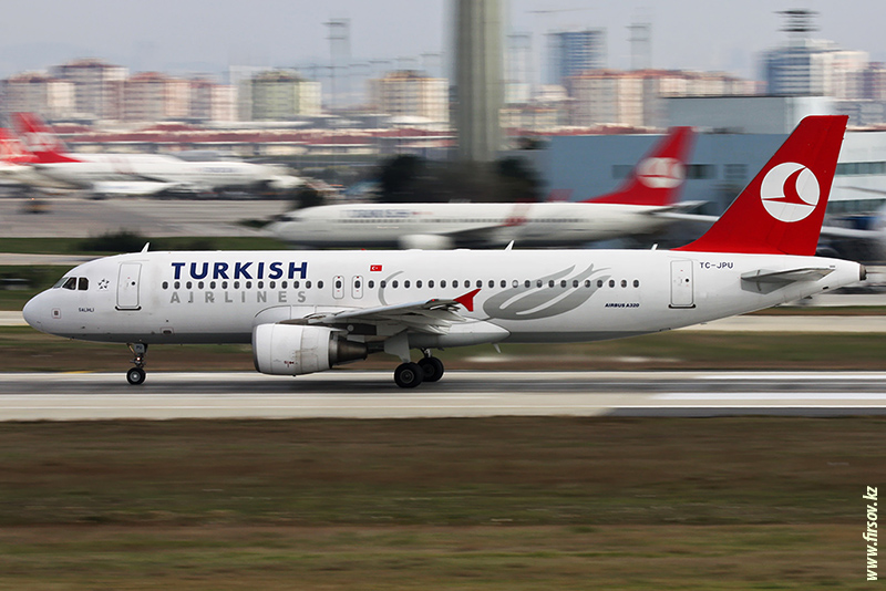 A-320_TC-JPU_Turkish_Airines_2_IST_for-1_zps68a01a35.JPG
