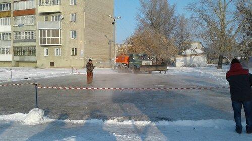 Каток заливают в Куйбышеве