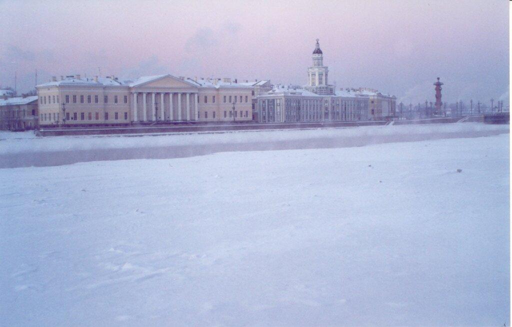 Magic_Winter_Impressions_-_Sankt_Petersburg_-_Neva_Rim_4.jpg