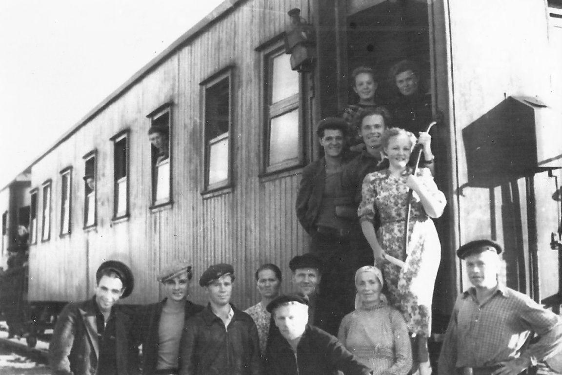 1950-е. На вокзале