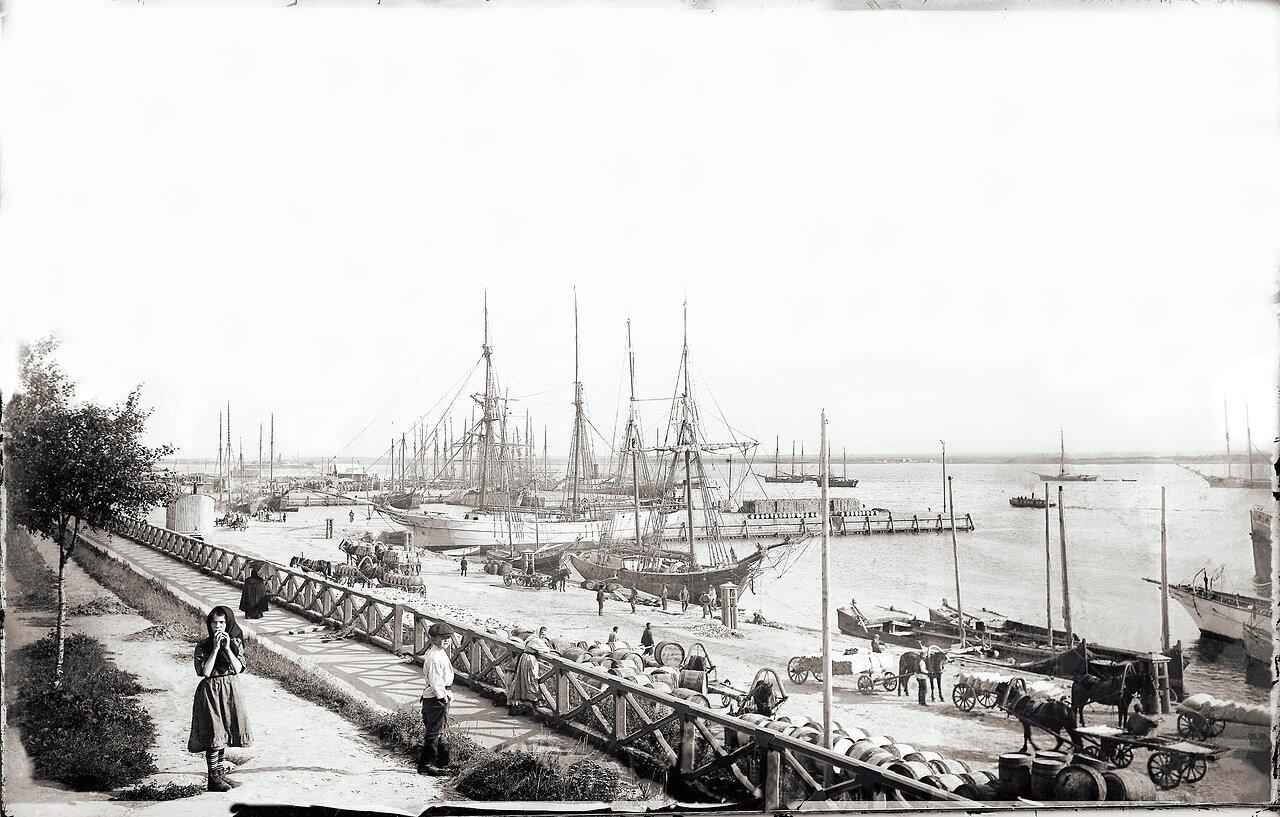 Набережная около Соборной пристани. 1908