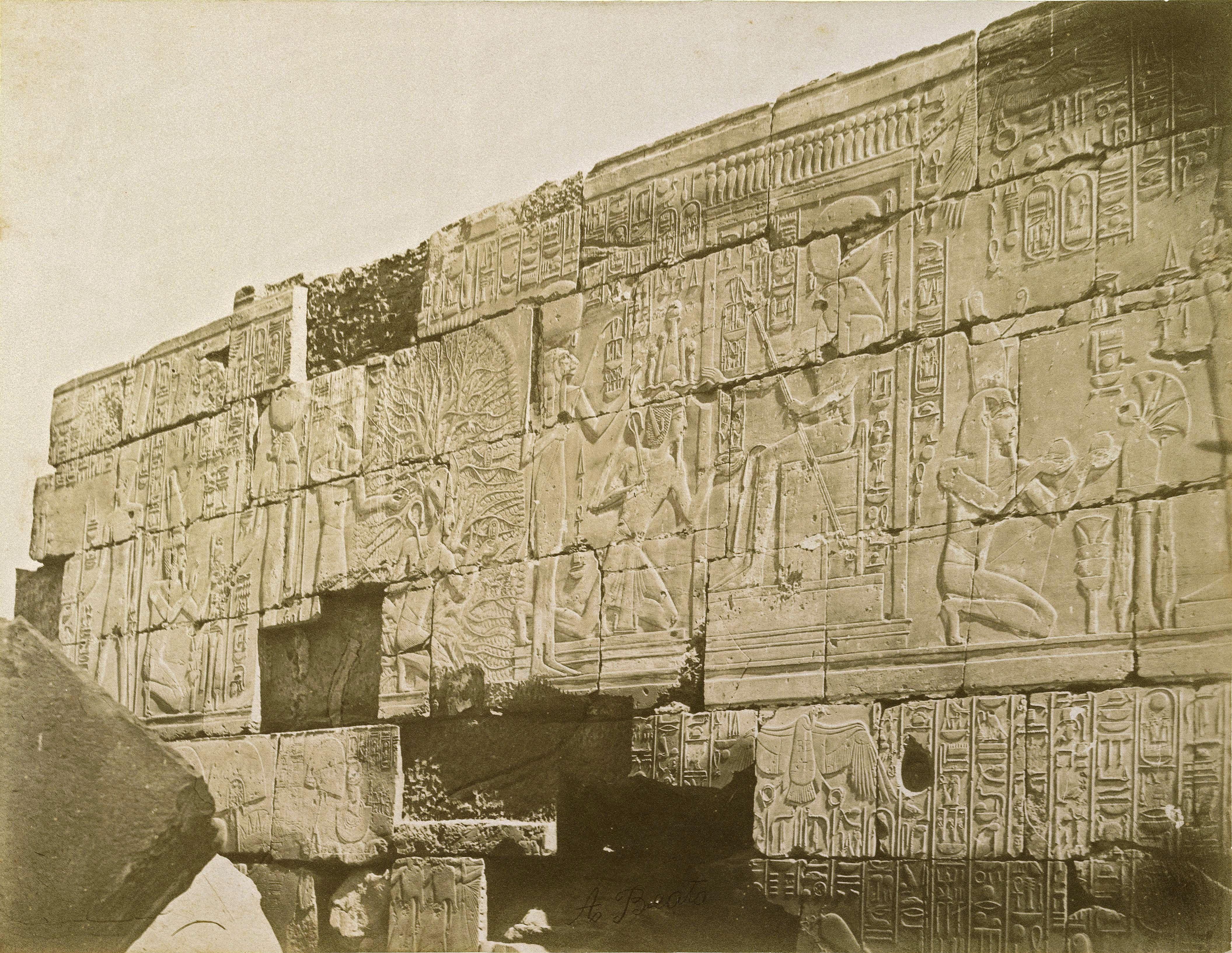 Карнак. Северная стена Большого гипостильного зала храма Амона