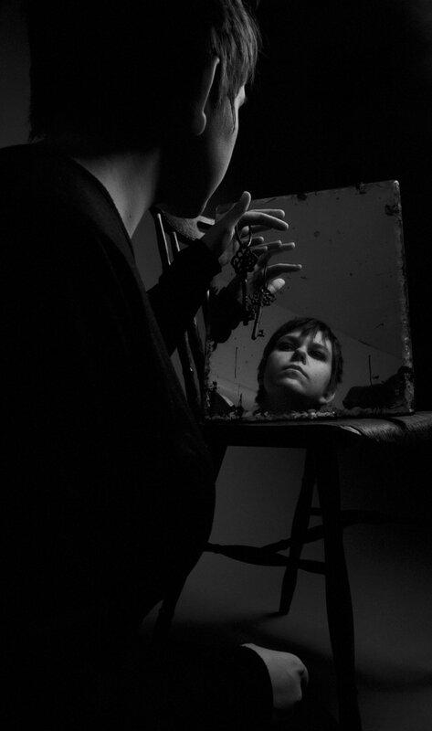 bw_mirror16.jpg