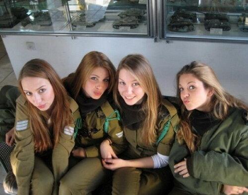 0 179df7 3d510ca4 L - В израильской армии есть, на что посмотреть