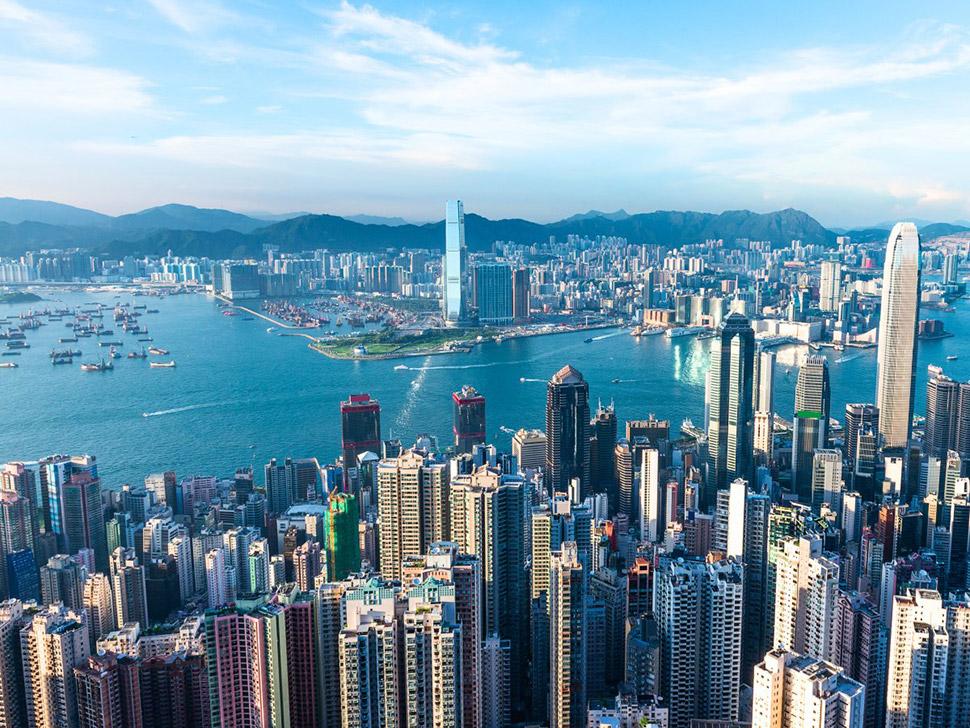 За год Гонконг поднялся в рейтинге самых дорогих городов мира на семь позиций из-за невероятно высок