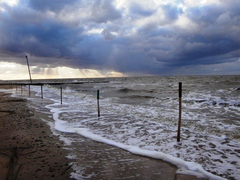 На берегу, у прибоя ... На финише октября, в городе у моря Азовского. (88).JPG