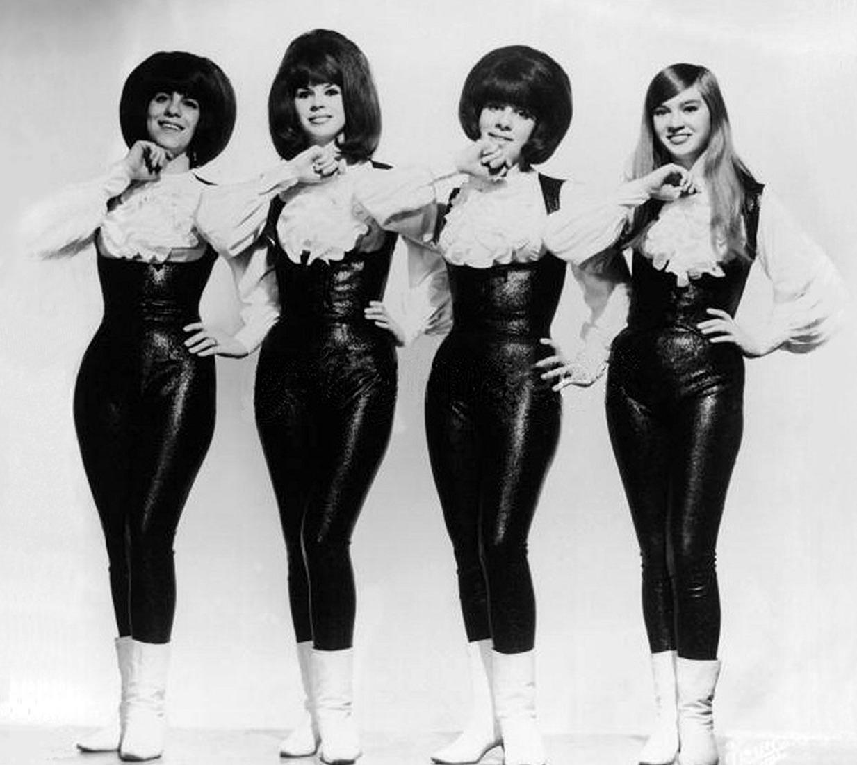 1965. «The Shangri-Las»