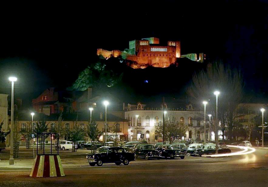 Leiria - Centro da Cidade (vista nocturna).jpg