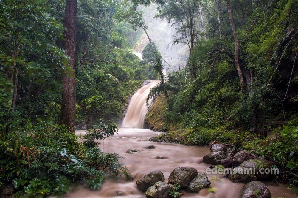 Лампанг водопад Чэсон
