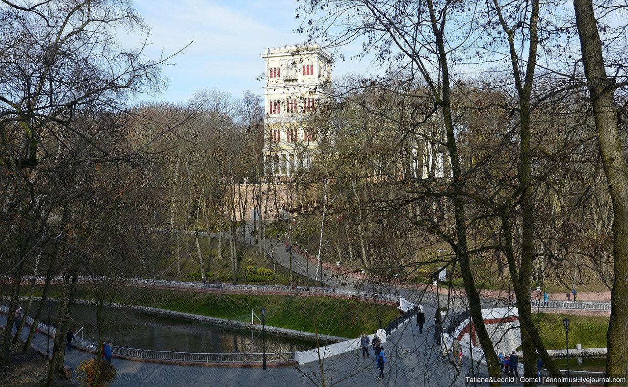 Гомельский парк в ноябре
