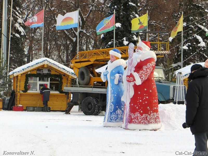 Дед мороз и снегурочка, новый год 2018