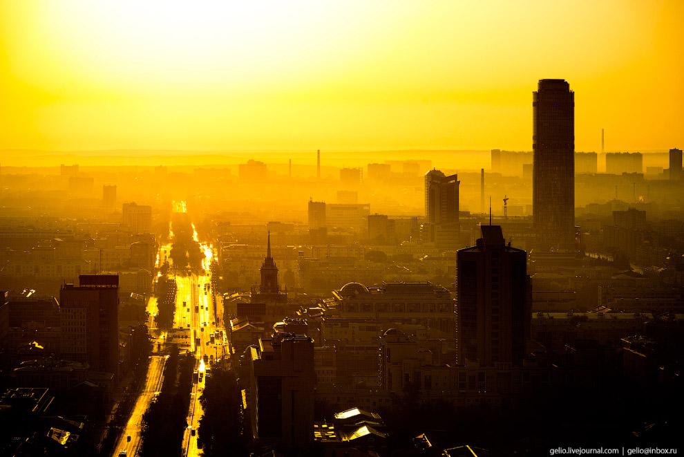 4. Екатеринбург расположен на берегах реки Исеть.  Кликабельно:
