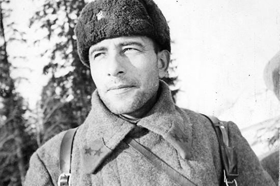 М. Е. Катуков: «Под разрывами снарядов пароход перевернулся килем вверх» (1 фото)