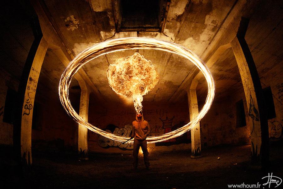 Традиционной формой поддержания огня тогда (да и сейчас) был костёр.