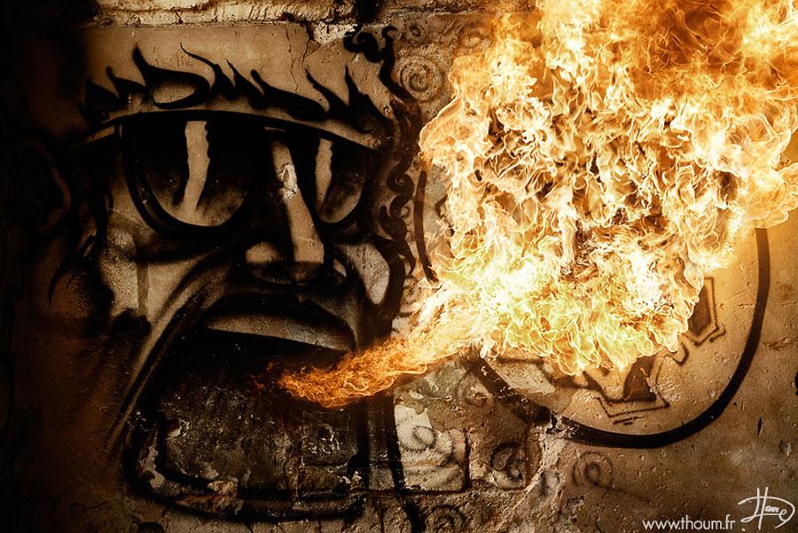 У народов Севера огонь всегда представлялся в виде женского образа — матери и хозяйки очага. У якуто