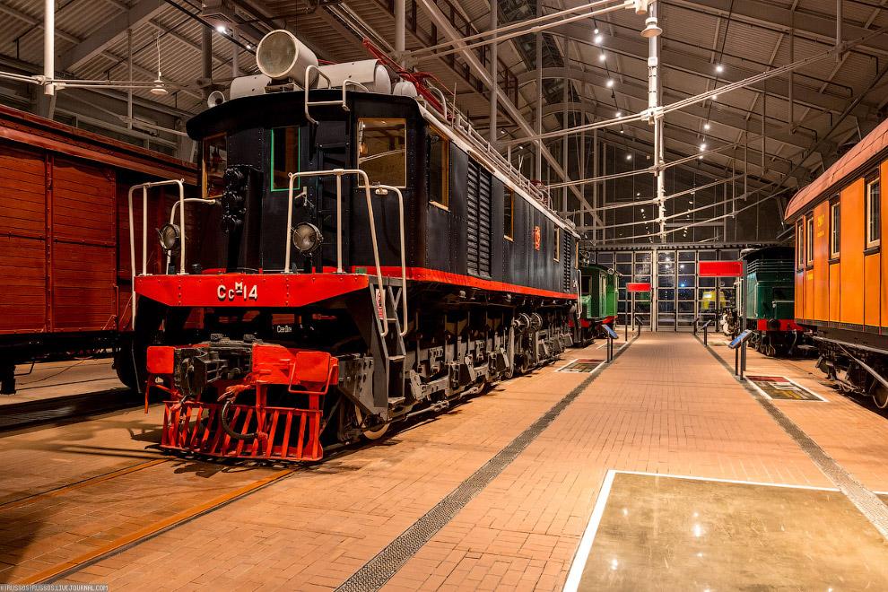25.  АВ АМ МОТ 758  — пассажирская 4х-осная дизельная автомотриса. Изготовлена в Румы