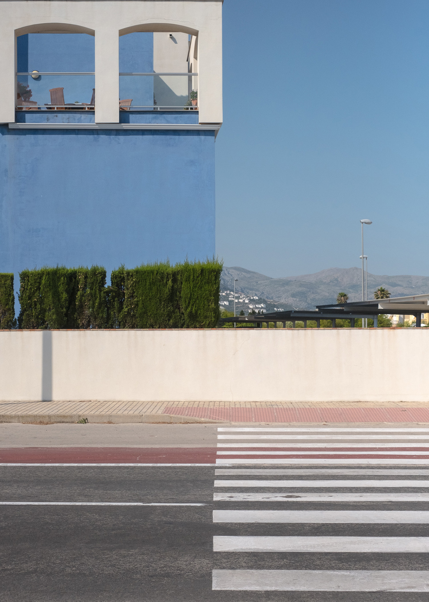 The Coincidence Project: Carefully Timed Photos by Denis Cherim Make You Look Twice