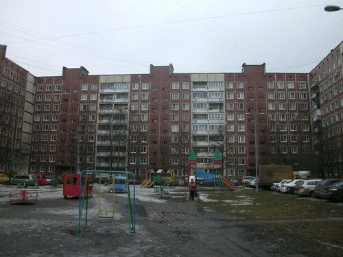 бульвар Трудящихся 22
