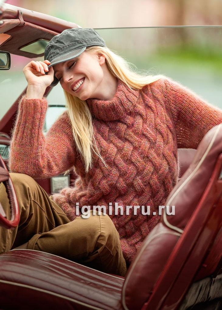 Меланжевый мохеровый свитер с крупными переплетениями. Вязание спицами
