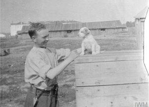 Рядовой Блейк и ручная собака Киппер
