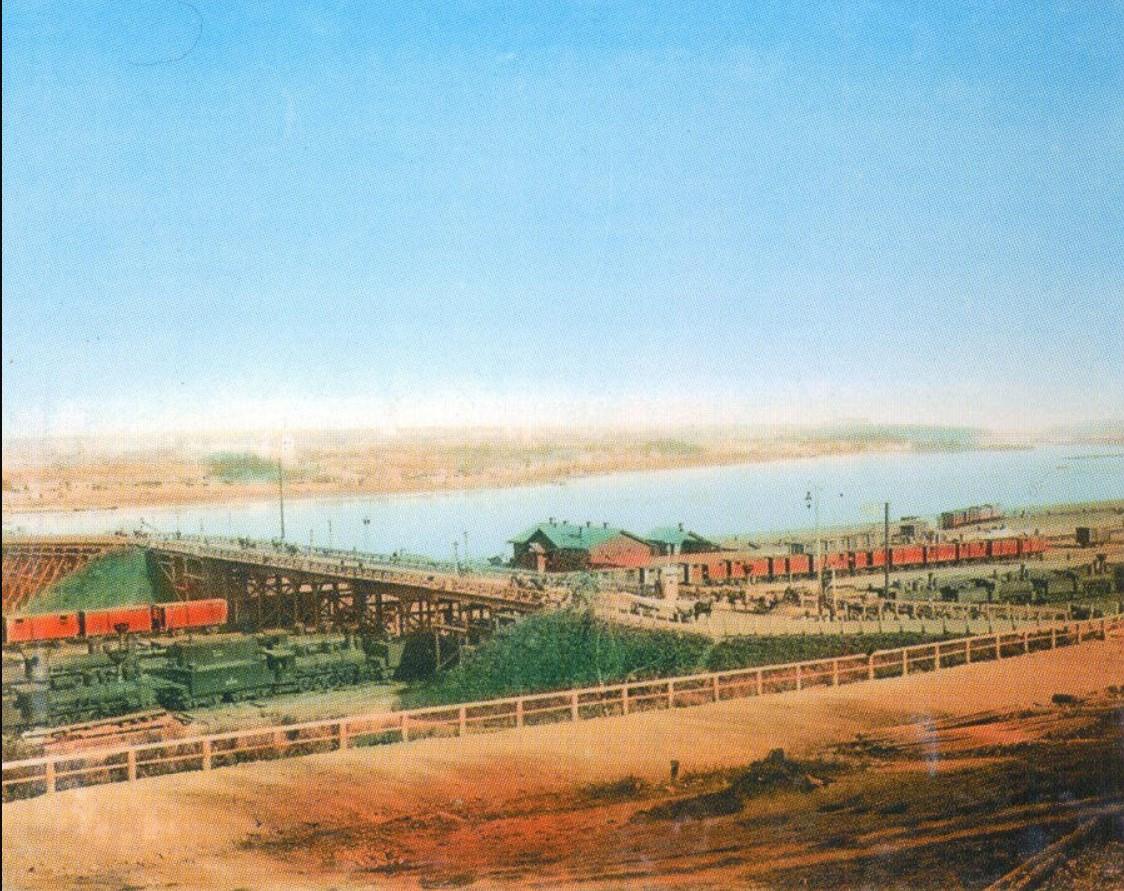Вид на железнодорожный вокзал