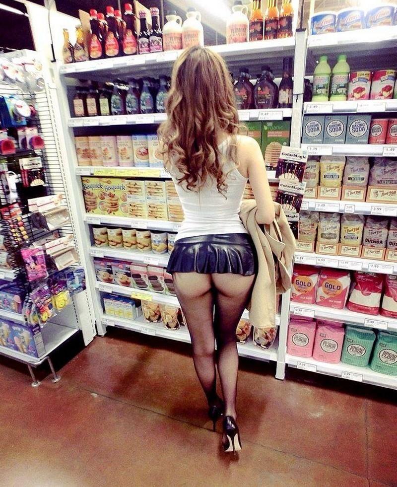 Сексуальные покупательницы