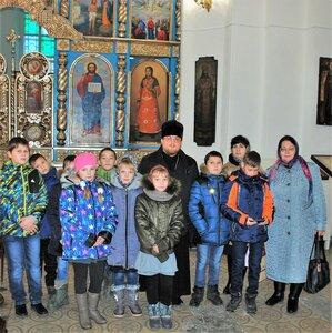 Экскурсия по храму для детей из д. Гаврилково