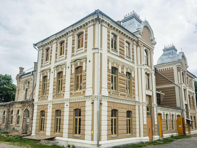 Главная синагога города.