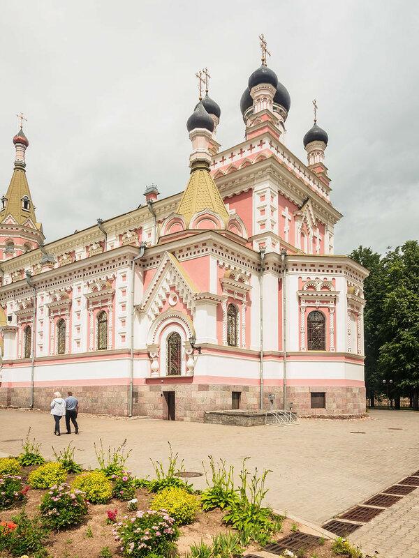 Покровский кафедральный собор.