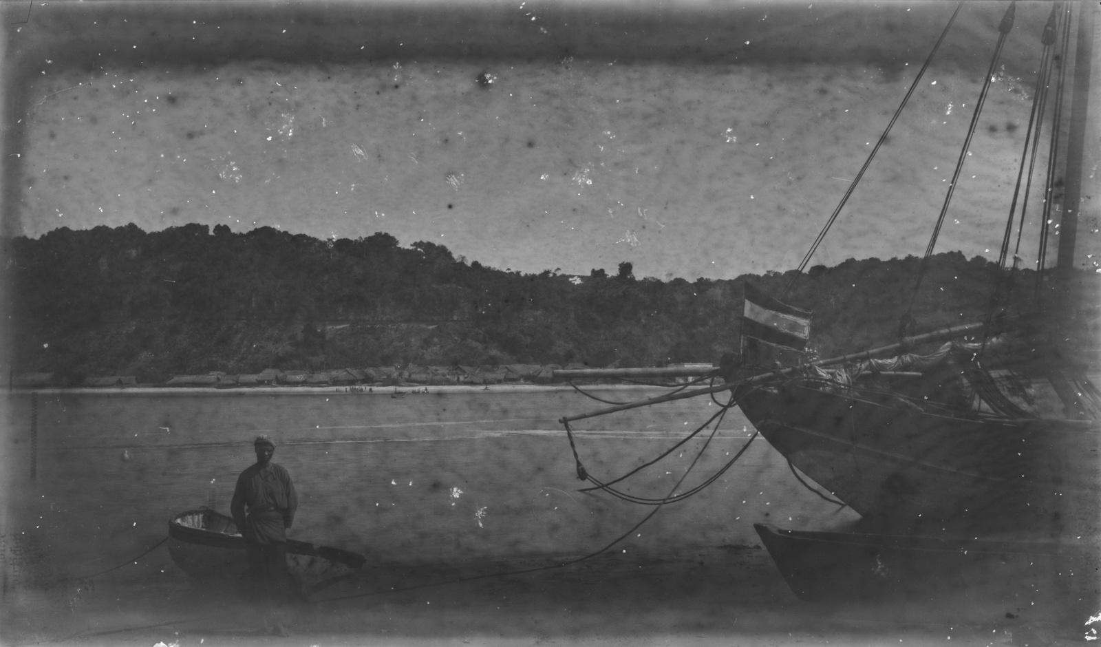 08. В порту Пангани