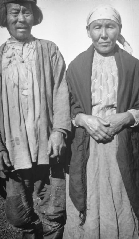 Абалаково. Егор со своей женой