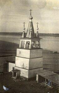 Окрестности Холмогор. Колокольня Воскресенской церкви в селе Ракула